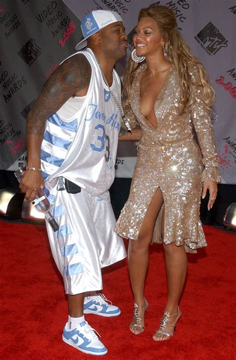 14 Great Sneaker Moments in MTV VMA History | Sole Collector