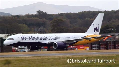 Monarch Airlines Boeing 757-200 G-DAJB Bounces on Landing