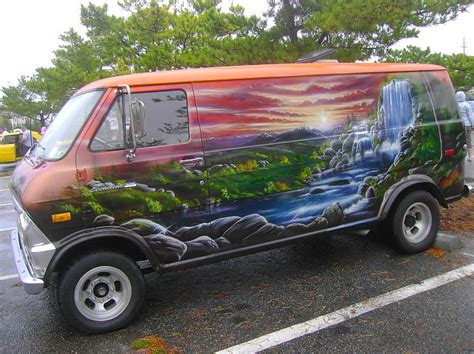 1974 Ford Econoline 100 | That mural was painted in 1976