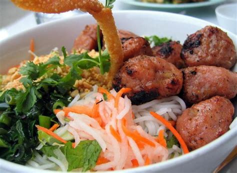 Vietnamese Food List That'll Put All Of Your Questions To Rest