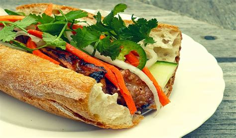 Top Great Dishes Make the Tourists Love Vietnam