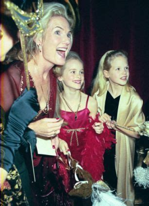 Lady Mary-Gaye Curzon and her daughter Cressida Bonas