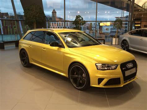Audi RS4 Avant with Austin Yellow Paintjob Spotted: It's a